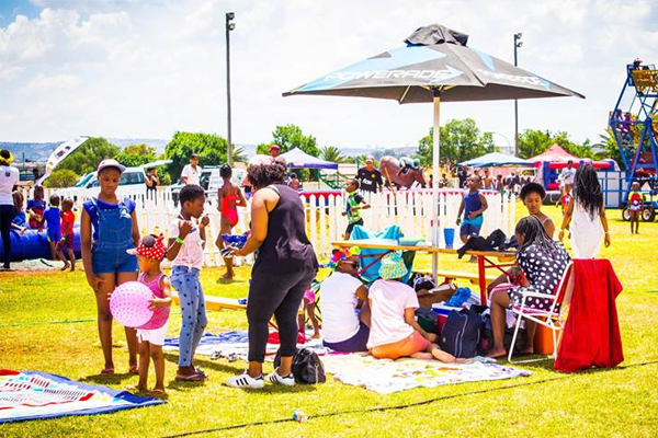 Change Colours Kiddies Pool & Braai Picnic